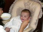 First cereal feeding (11/11/05)